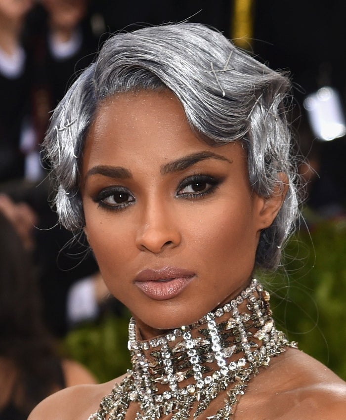 She wore H&M Beauty Eyeshadow Palette in the shade Smokey Nudes ($9.99) to get her smokey eye. On her lips, she wore a combination of H&M Cream Lipstick in the shades Peach Fuzz and Seashell ($9.99 each).