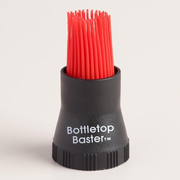 Un cepillo que puedes usar con cualquier botella de rosca de vidrio o plástico.
