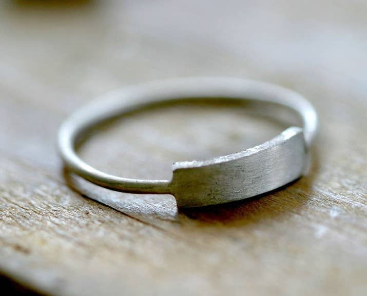 Modern Rectangle Ring 38