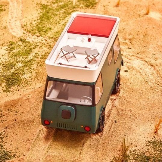 サファリ・ドリフター:草刈りロボットも付属した、サバナを移動するための次世代自動車