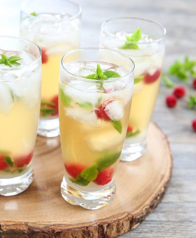 12. Iced Green Tea Mojitos