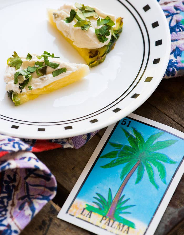 Let this savory creation transport you to straight to the coast of Puerto Vallarta. * 2 pineapple wedges (½-inch thick)* 1 Tbsp. Philadelphia® Jalapeño Cream Cheese Spread* ½ tsp. finely chopped fresh cilantro