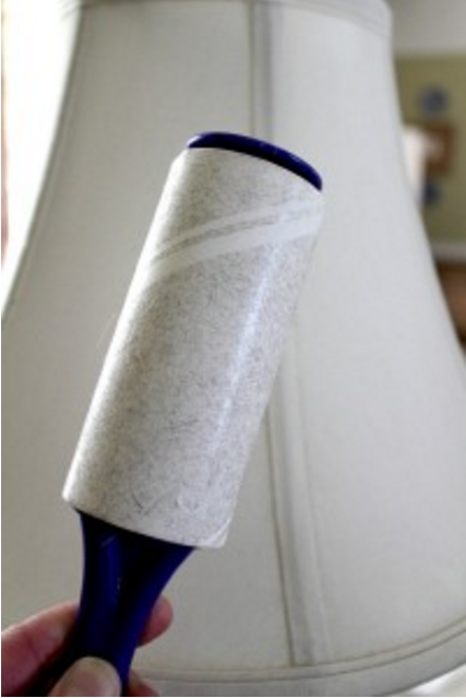 Use a lint roller to get rid of that annoying dust on lampshades. Via BuzzFeed.