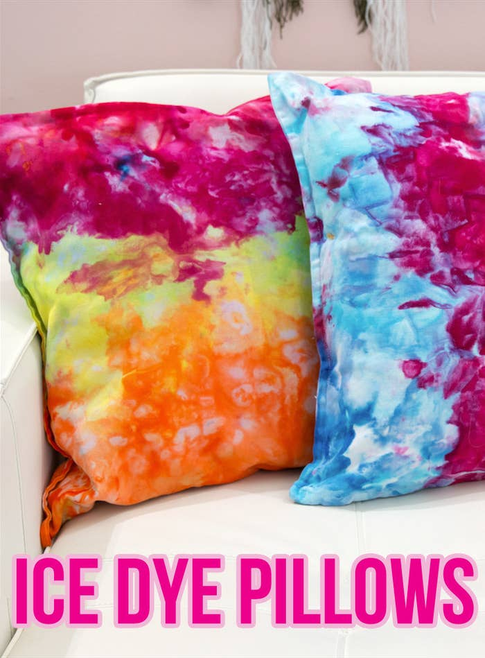 7d31e5ce1af4 Add Some Color To Your Space With These Easy DIY Ice Dye Pillows