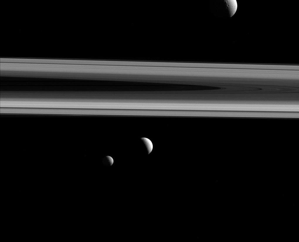 6. Tethys, Enceladus und Mimas.