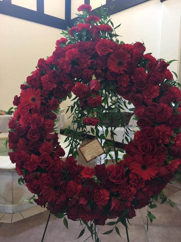 "Vielma's friend, Alma Almaraz Retana, told BuzzFeed News the massive red wreath was a beautiful gift. ""It was a beautiful gesture to see J.K. tweet about him, and when I walked in to church and saw the beautiful flowers that she has sent I knew he was in heaven dancing of happiness,"" she said."