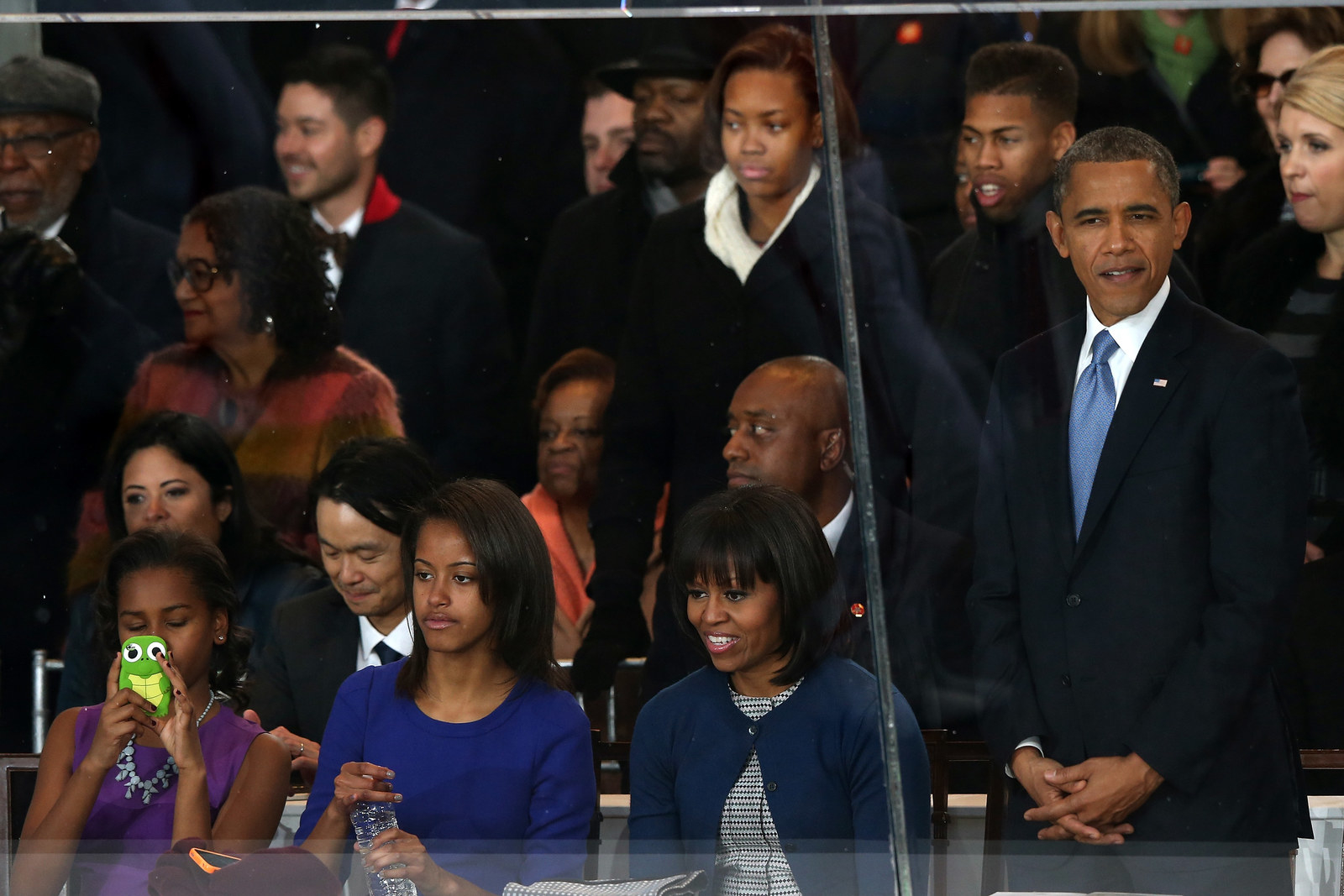 Sasha and malia inauguration pictures 9 Crazy Cross Eye 3D Photography Images