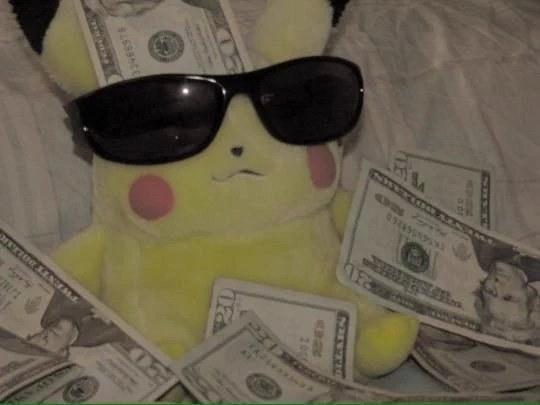 Este tipo es tan millonario que logró hacerse exitosamente una transformación de humano a Pikachu.