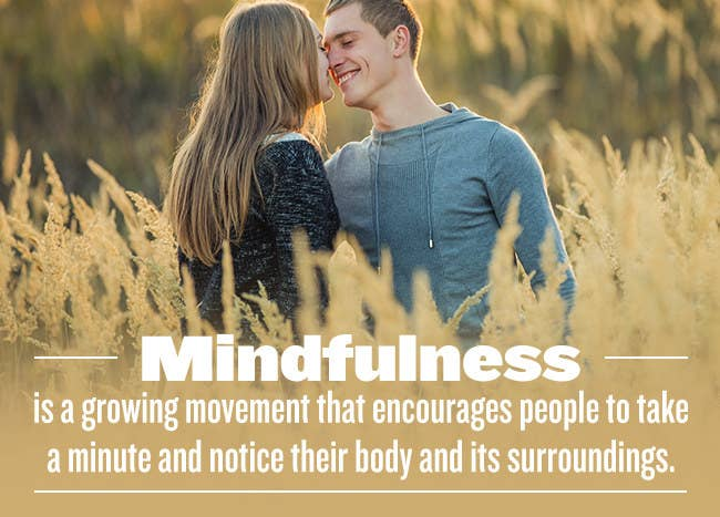 We spoke with Cheryl Jones, Aetna's Director of Mindfulness, about how to be mindful in a relationship. Here's what we learned: