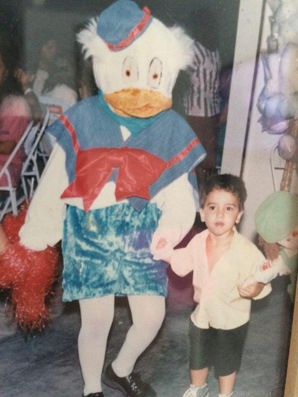 Não raro o personagem assustava as crianças, em vez de animá-las.