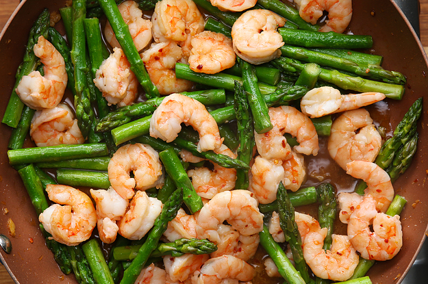 This healthy shrimp and asparagus stir fry is under 300 calories ccuart Gallery