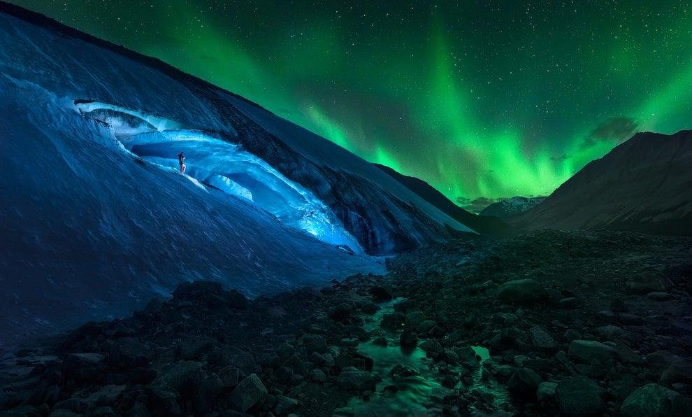 La Aurora Boreal, vista desde el glaciar Athabasca, en Canadá.