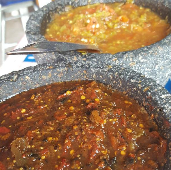 No hay que olvidar a las salsas de verdad, esas que te sacan un lagrimita del ojo por su sabor y por su picor.