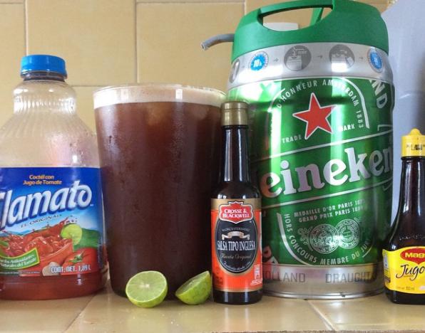Hace falta ser mexicano para conocer la importancia de mezclar la magia del Clamato con la cerveza.