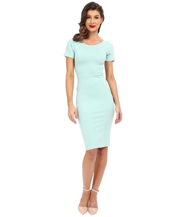 A vintage-inspired bodycon that'll make you feel like a femme fatale.