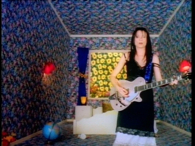21 Songs Every 90S Girl Still Knows By Heart-5559