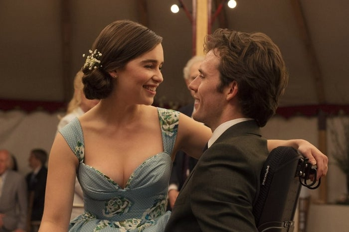 Louisa (Emilia Clarke) and Will (Sam Claflin) dance at a wedding in Me Before You.