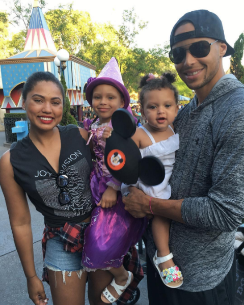 ayesha curry u0026 39 s vacation instagrams are literally too cute