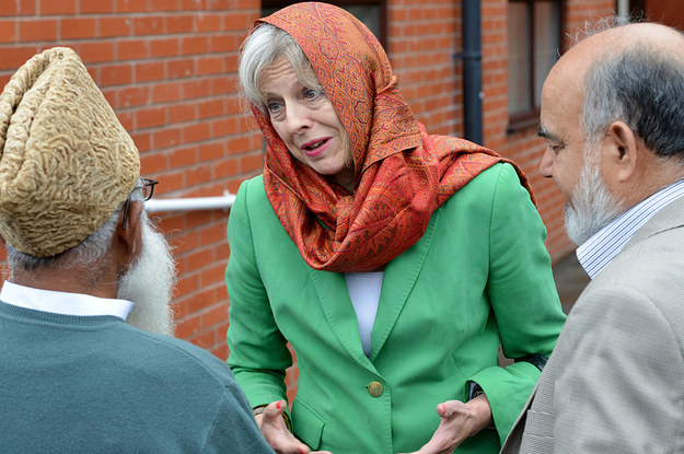 https://img.buzzfeed.com/buzzfeed-static/static/2016-07/14/6/campaign_images/buzzfeed-prod-fastlane03/this-is-how-theresa-may-dealt-with-british-muslim-2-9412-1468492543-1_dblbig.jpg