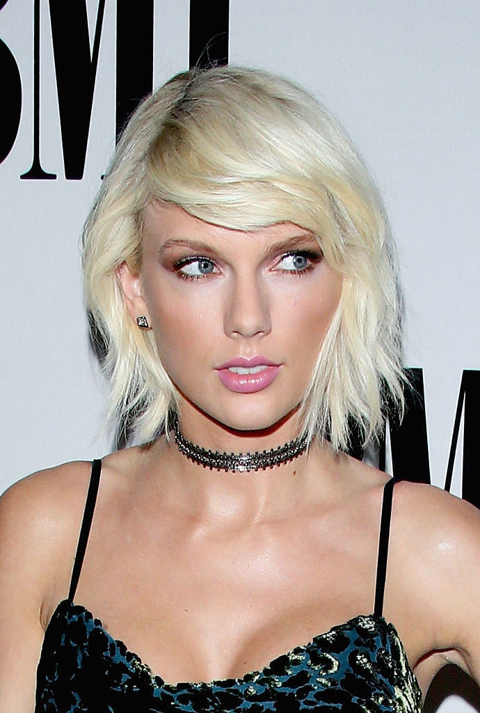Something About Taylor Swift S Note To Kimye Doesn T Add Up