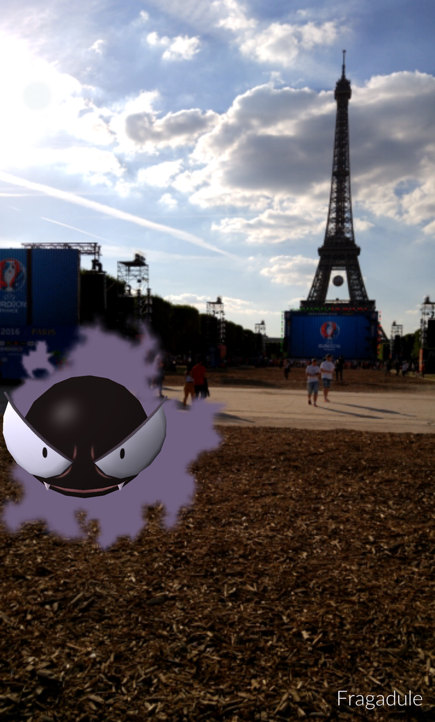 Gastly wants to sell you a crappy bracelet at the Eiffel Tower in Paris.