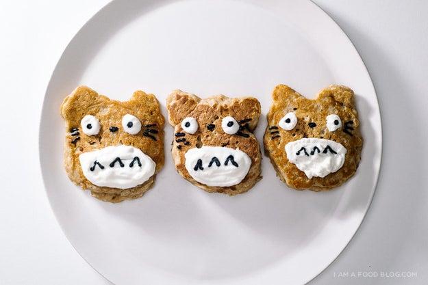 Totoro Apple Pie Pancakes