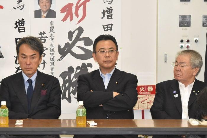 増田氏の落選が決まった直後の石原会長、高木陽介・公明党東京都本部代表、内田幹事長。