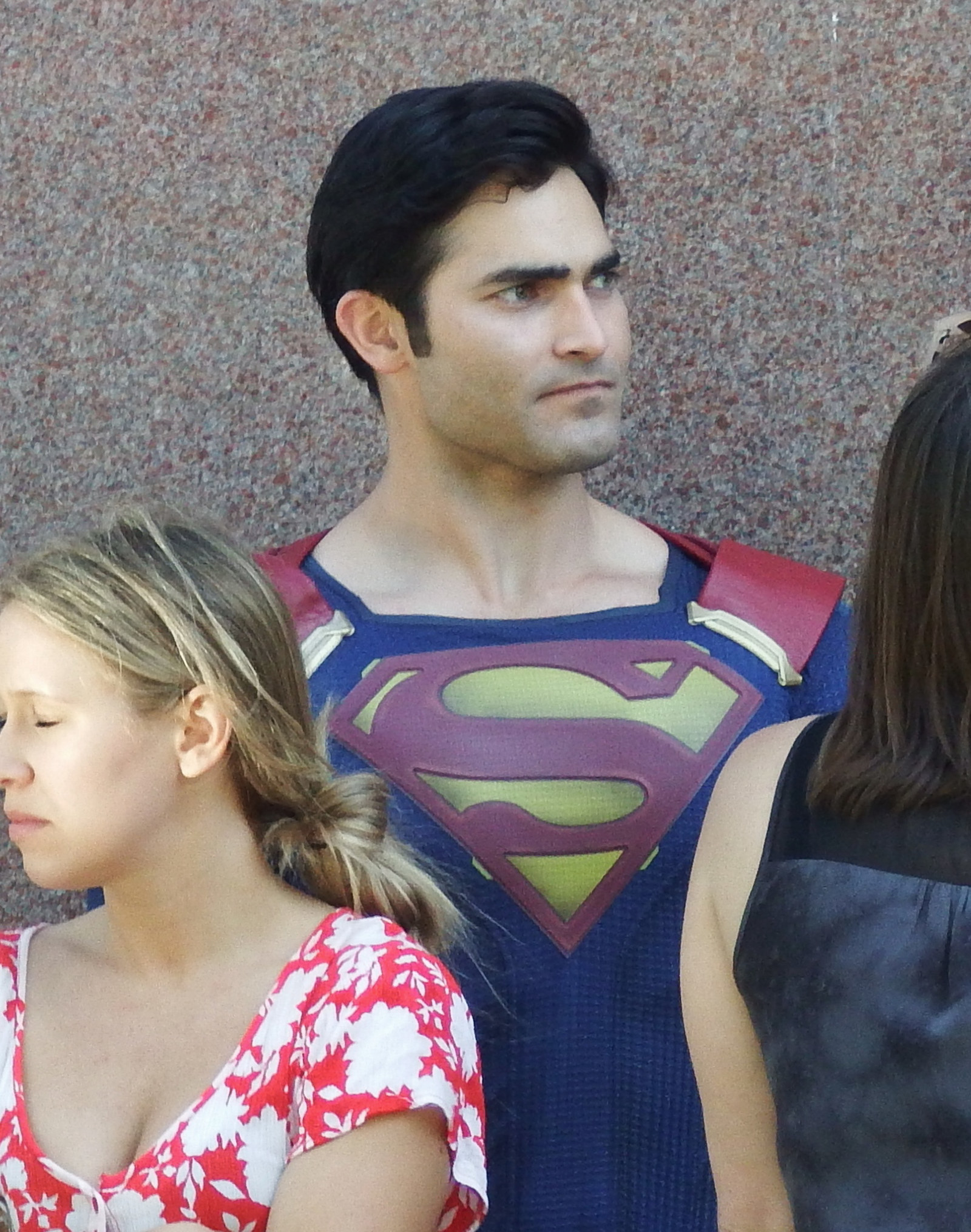 Here's Your First Look At Tyler Hoechlin As Superman In Action