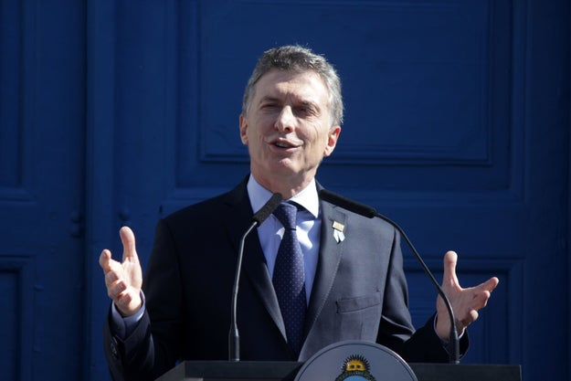 President Mauricio Macri of Argentina didn't hesitate in choosing Hillary Clinton as his preferred candidate in the US election during an exclusive interview with BuzzFeed News.