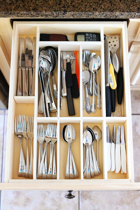 Ditch the wasted space that you get with most silverware organizers, and use small pieces of wood plus glue to make your own.
