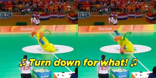 Quando o mascote da Olimpíada deu uma CAMBALHOTA dançando