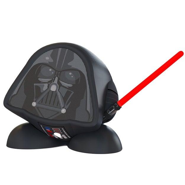 Una bocina perfecta para los fans de Star Wars ($289).