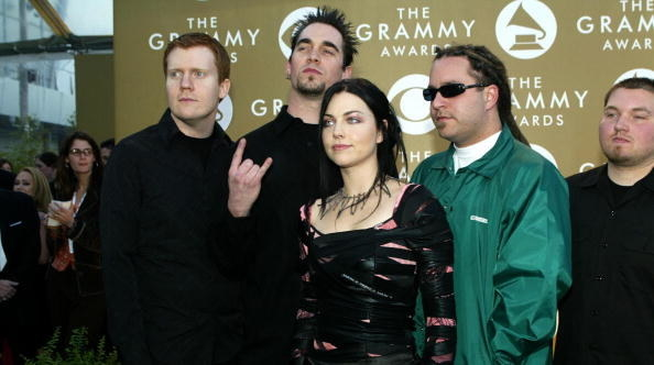 Remember Amy Lee? Remember Evanescence?