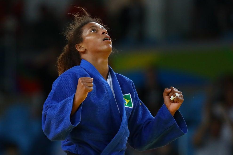 A vitória da Rafaela no judô foi tão importante quanto: marcou nosso primeiro ouro.