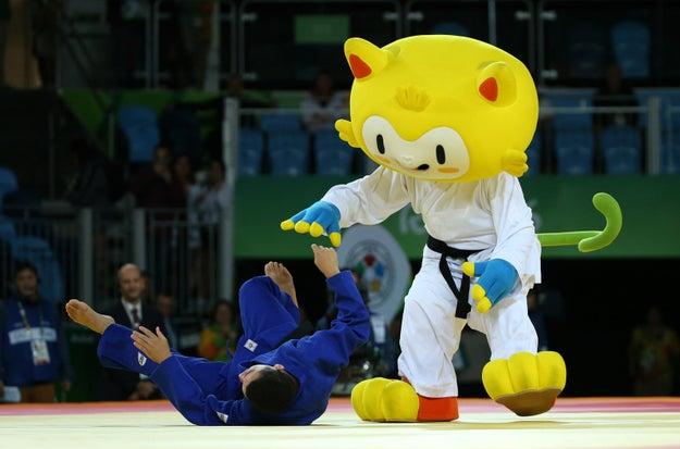 Aqui, a versão judoca: