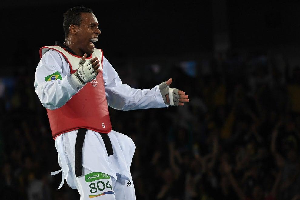 E também dava tempo de ter mais algumas surpresas, como o bronze do Maicon Andrade no tae kwon do.
