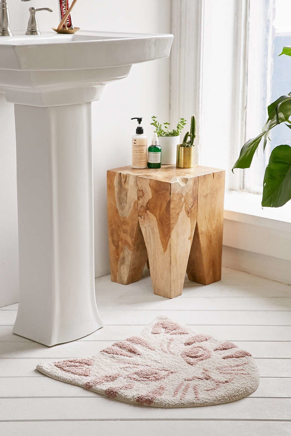 Bathroom Decor Ideas Buzzfeed 33 awesome and inexpensive things you need for your bathroom