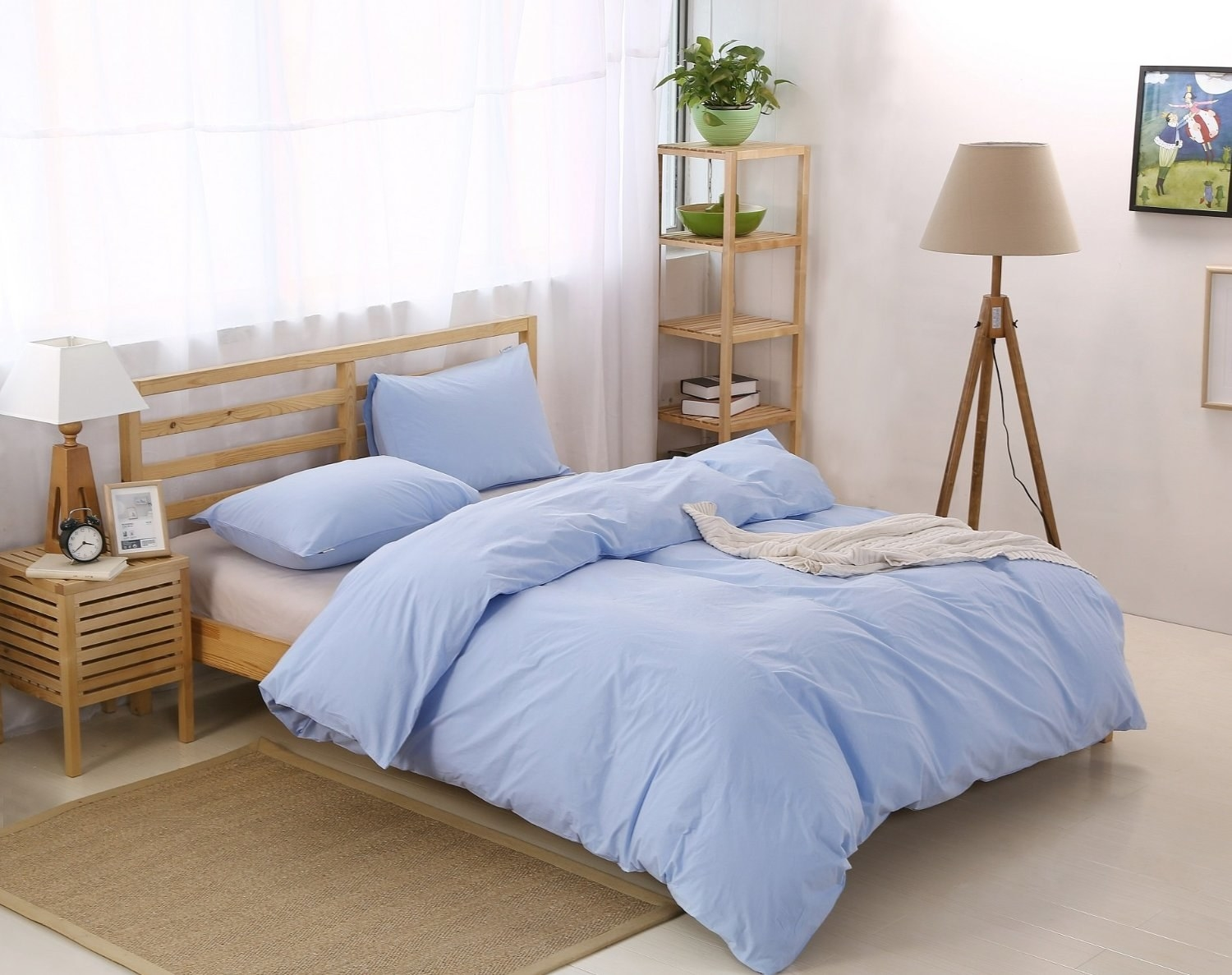A Natural, Fade Resistant, Washed Cotton Duvet Cover Set That Comes In Six  Different Colors.