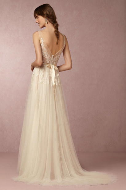 34 Wedding Dresses Thatll Restore Your Faith In Marriage