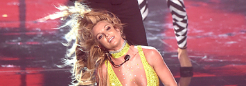 Britney Spears Just Destroyed Her Return To The VMAs Stage