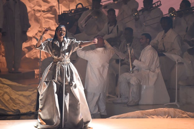Tonight, MTV gifted the world with the 2016 Video Music Awards filled with incredible performances from the likes of Rihanna...