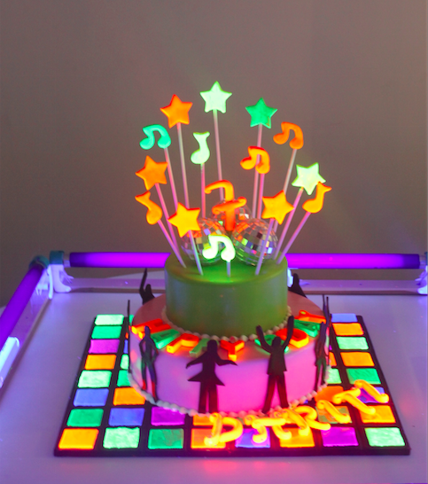 This Bakery Makes Insanely Awesome Glow In The Dark Theme Cakes