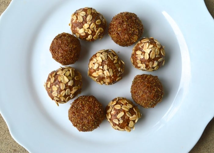 A great way to satisfy your sweet tooth on-the-go. Make them here.