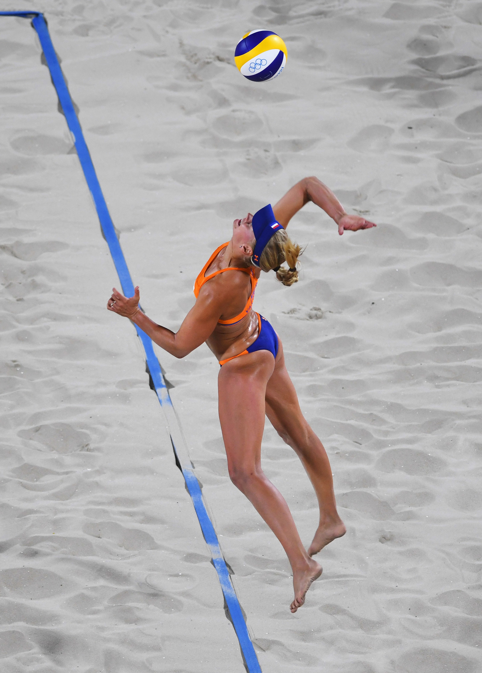 Because There Are Only Two Players Per Team Beach Volleyball Pros Are Incredibly Versatile