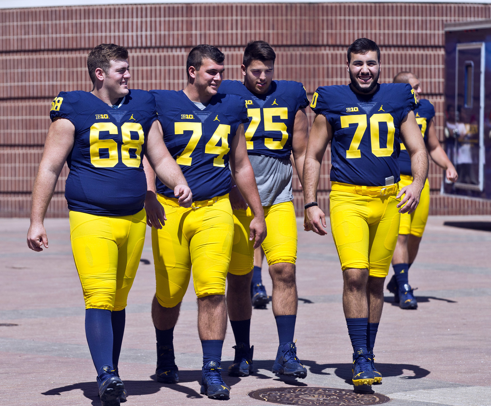 Tinder Ranks America's Top College Football Schools