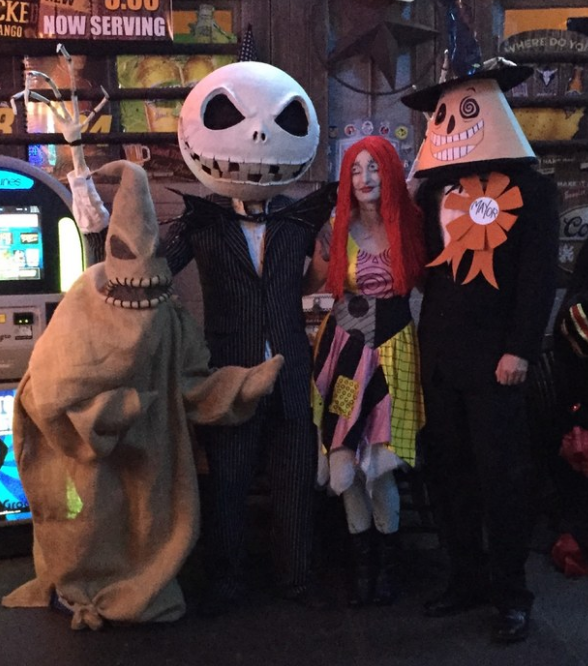 This A+ The Nightmare Before Christmas group costume: