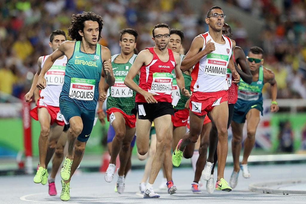 Estes atletas paralímpicos quebraram todos os recordes, incluindo os olímpicos