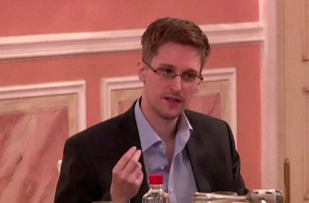 While prepping for the film, Gordon-Levitt and Snowden had a four-hour meeting in Moscow.