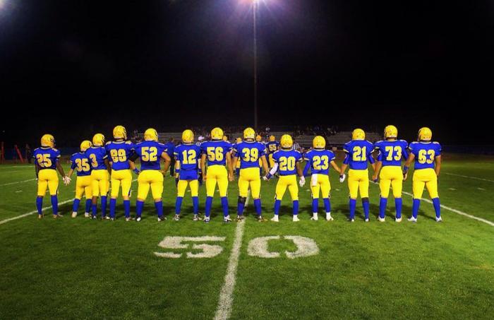 Dos Palos high school football team.