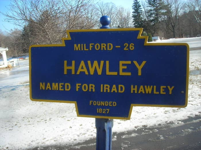 Hawley, Pennsylvania town sign